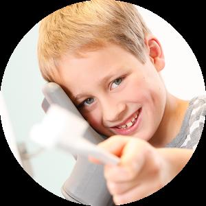 schon den kleinsten Patienten bringen wir bei, wie man die Zähne optimal pflegt